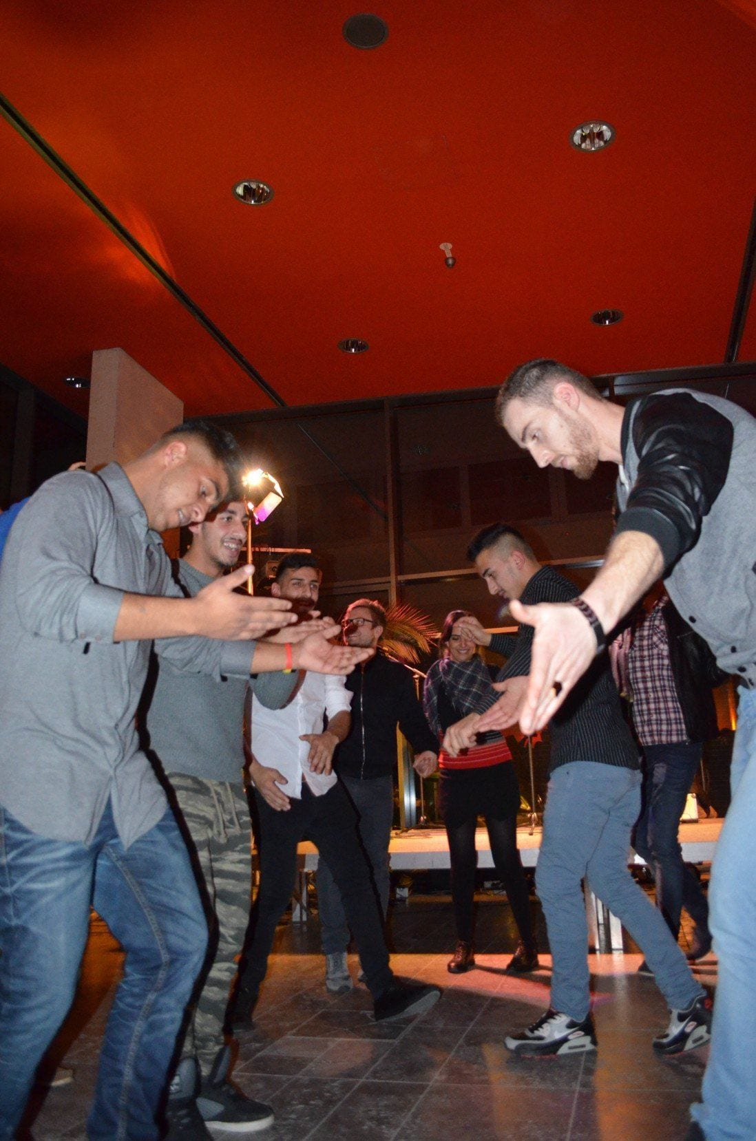 Berlinerinnen kennenlernen Berlinerinnen Kennenlernen Single Party Hannover