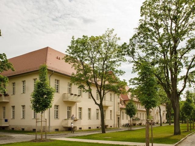 LHQ - Haus 19