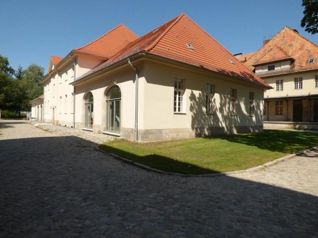 LHQ - Haus 24